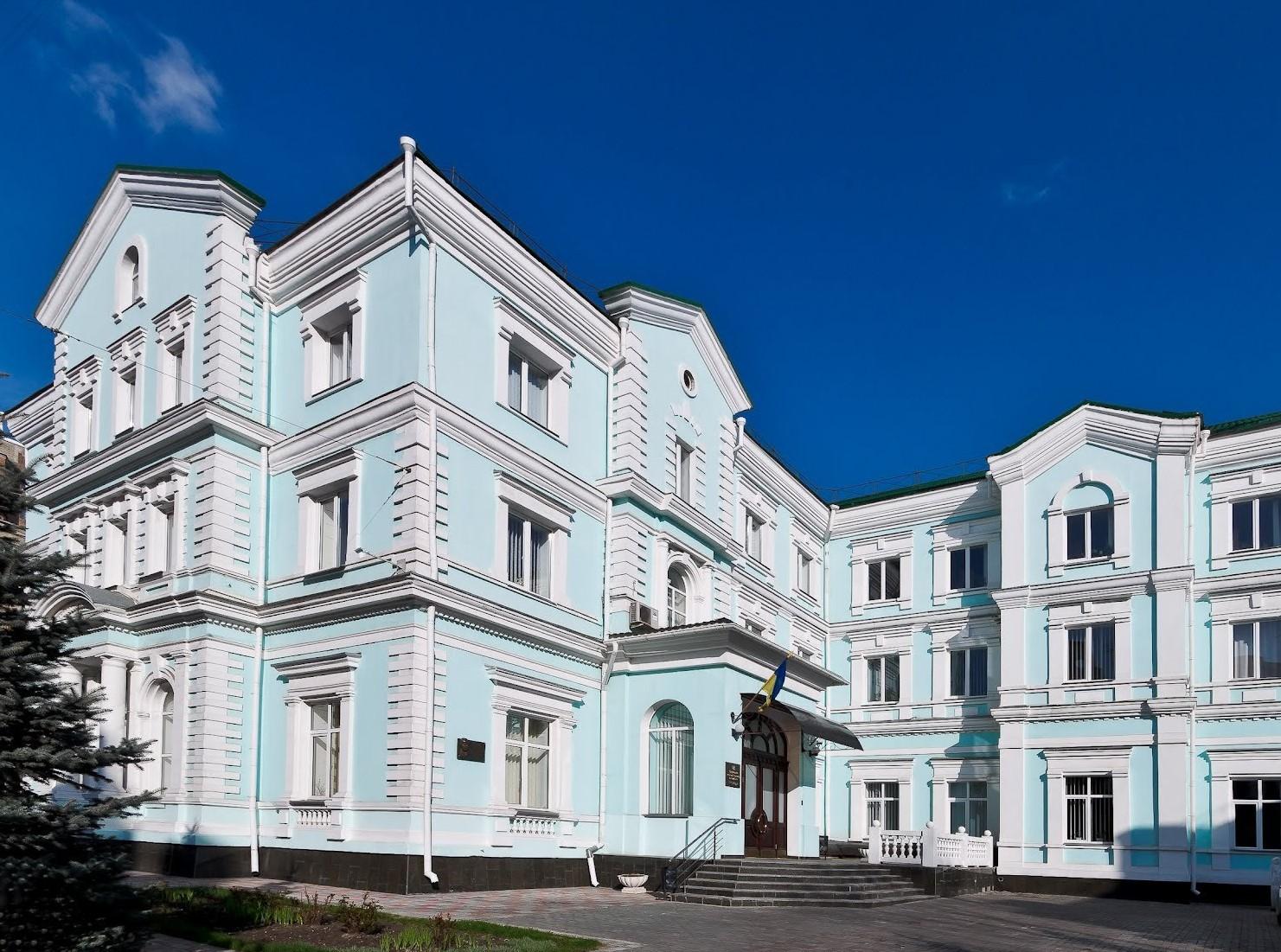 Команда НАПрН України стала переможцем у КВЕСТІ «ЗНАВЦІ КОНСТИТУЦІЇ» в номінації «Молоді вчені – правники»